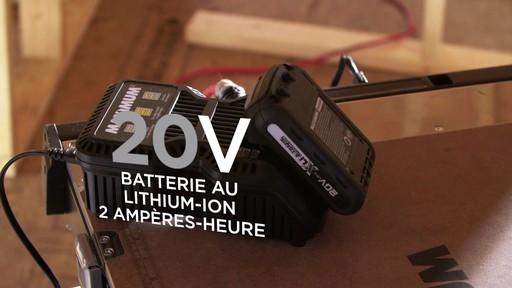 Tournevis à percussion à moteur sans balai MAXIMUM, 20 V - image 8 from the video