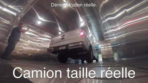 Températures extrêmes: Démarreur de batterie NOCO Genius Boost - image 1 from the video