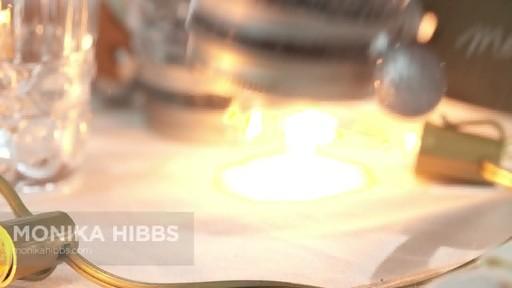 Comment faire une boule à neige avec un pot Mason  - image 2 from the video