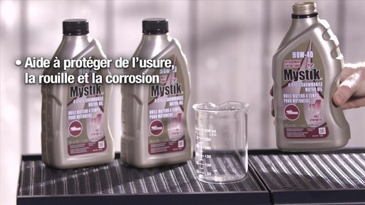 Les huiles Mystik 2 temps, motomarine et motoneige, et JT-4 4 temps - image 3 from the video
