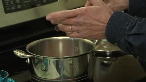 Batterie de cuisine en cuivre à 5 couches Lagostina – Témoignage de Mark - image 6 from the video