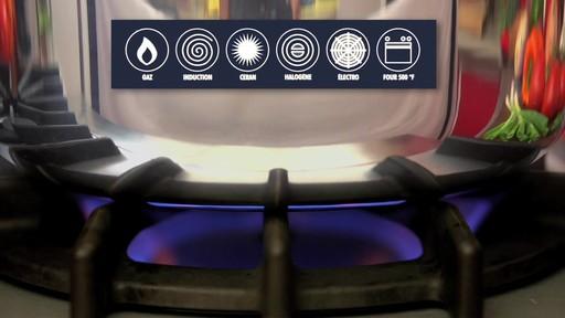 Batterie de cuisine revêtue Henckels, 10 pces - image 5 from the video