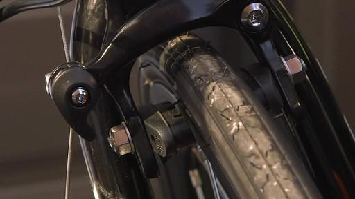 Entretien des vélos - image 8 from the video