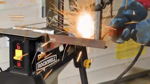 Étau Rockwell Jawhorse, 37 po - image 7 from the video