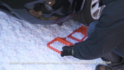 Aide à la traction pliable en acier - image 6 from the video