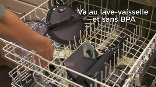 Mélangeur de luxe Ninja Kitchen System - image 8 from the video