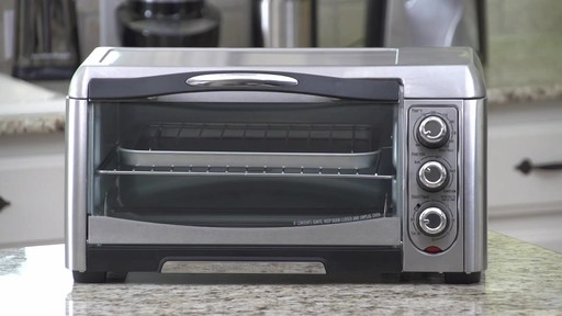 Four grille-pain à convection Hamilton Beach Easy-Reach - image 2 from the video