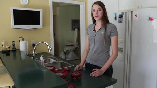 Plat de cuisson en verre Anchor Premium - Témoignage de Christine - image 6 from the video