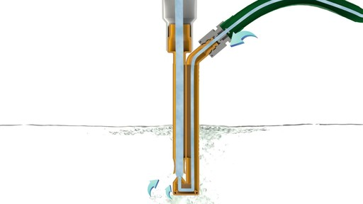 Pompe en V avec tuyau de 20 pi et collier - image 1 from the video