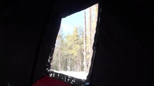 Abri démontable Eskimo Fatfish 767 - Témoignage de Roger - image 10 from the video
