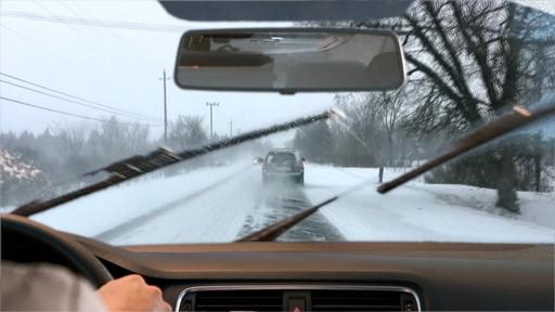 Liquide de lave-glace toute saison Rain-X - image 2 from the video