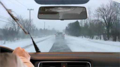 Liquide de lave-glace toute saison Rain-X - image 4 from the video