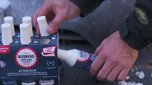 Antigel pour essence de première qualité Kleen-Flo, paq. 6 - image 3 from the video
