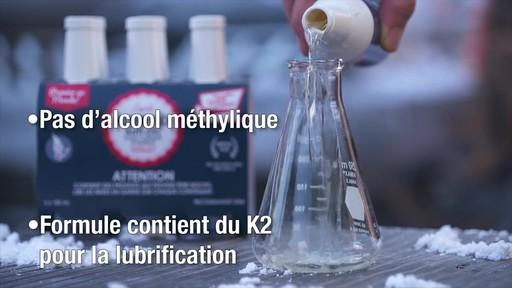 Antigel pour essence de première qualité Kleen-Flo, paq. 6 - image 7 from the video