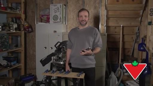 Jeu de pinces et clé Mastercraft, 6 pces - Témoignage de Conrad - image 7 from the video