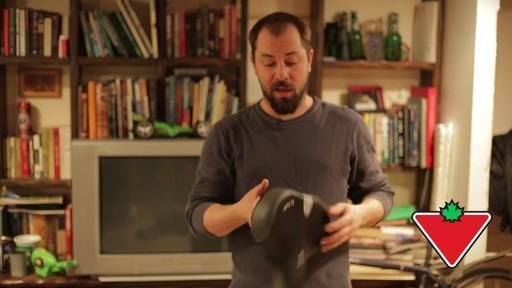 Selle de vélo pneumatique Schwinn Ultra - Témoignage de Jordan - image 9 from the video