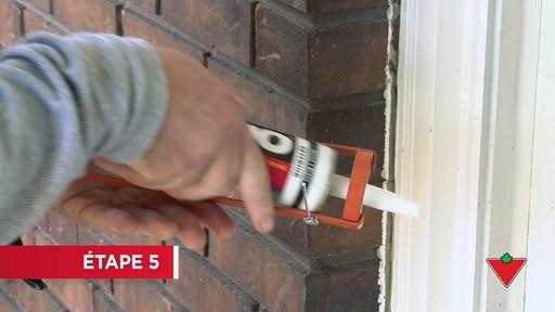 Comment  appliquer du scellant d'extérieur - image 5 from the video