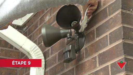 Comment installer un éclairage de sécurité - image 7 from the video