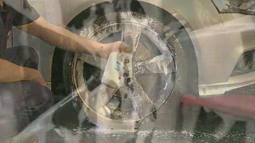 Nettoyant pour roues Autoglym - image 7 from the video