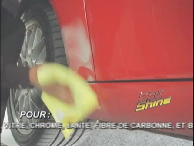 Produit de lavage et cirage sans eau Dry Shine - image 2 from the video