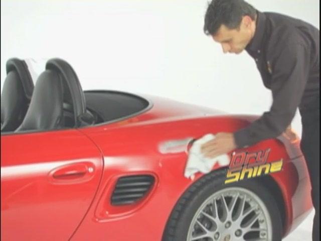 Produit de lavage et cirage sans eau Dry Shine - image 5 from the video