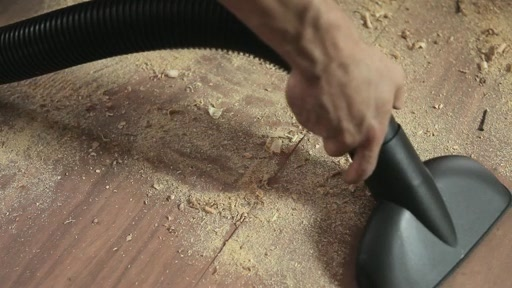 Aspirateur Ultra Shop-Vac - image 3 from the video