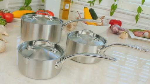 Batterie de cuisine en lamin� Lagostina, 3 couches, 13 pi�ces - image 6 from the video