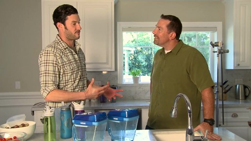 CamelBak® Relay™ Water Filtration Pitcher - image 10 from the video