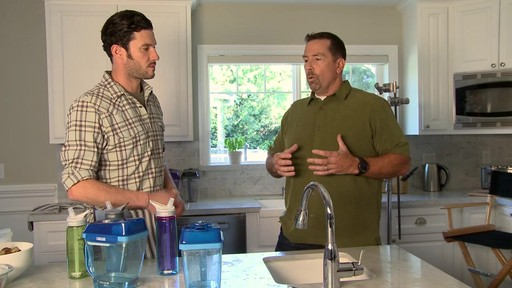 CamelBak® Relay™ Water Filtration Pitcher - image 6 from the video