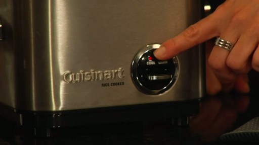 Cuisinart 4 Cup Rice Cooker - CRC-400 - image 8 from the video