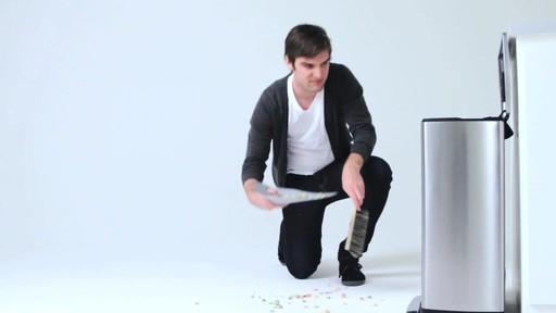 simplehuman rectangular recycler - image 3 from the video