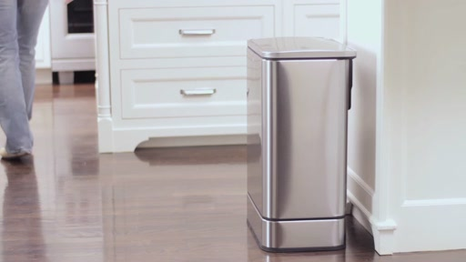 simplehuman Sensor Trash Can - image 3 from the video