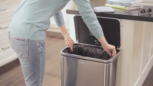 simplehuman Sensor Trash Can - image 7 from the video