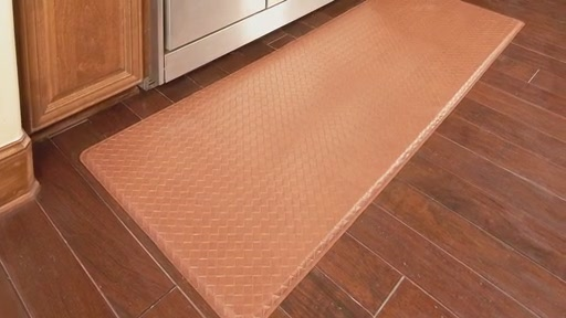 GelPro Gel Filled Comfort Floor Mats @ Bed Bath & Beyond - image 5 from the video