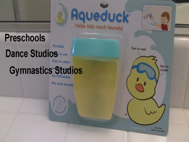 Aqueduck Faucet Extender - image 9 from the video