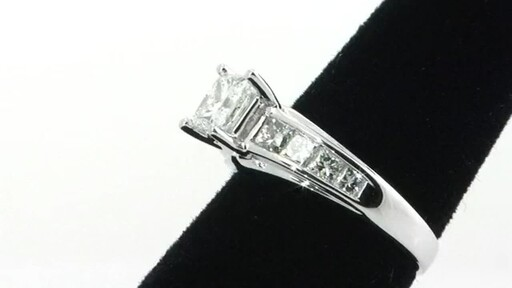 Diamond Ring - image 3 from the video