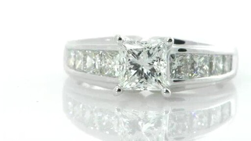 Diamond Ring - image 4 from the video