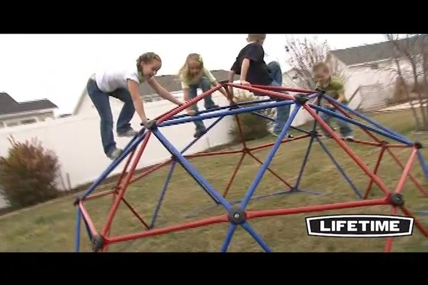 Lifetime Geometric Dome Climber - image 6 from the video