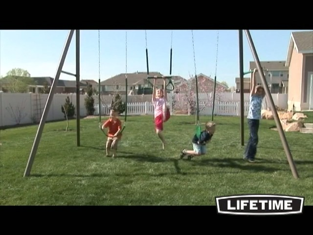 10 Ft Swingset - image 1 from the video