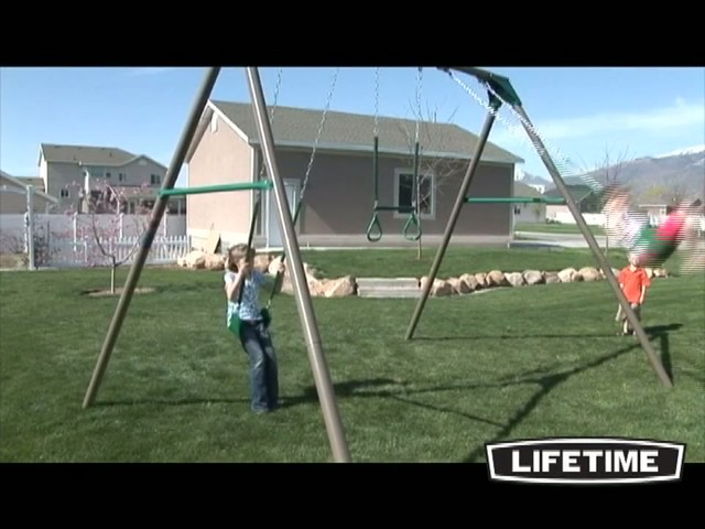 10 Ft Swingset - image 9 from the video