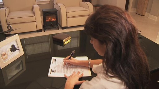Vernon Electric Fireplace - image 4 from the video