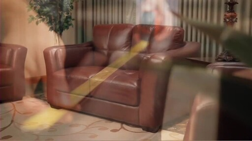 Florentine 3-Piece Top Grain Leather Set - image 4 from the video