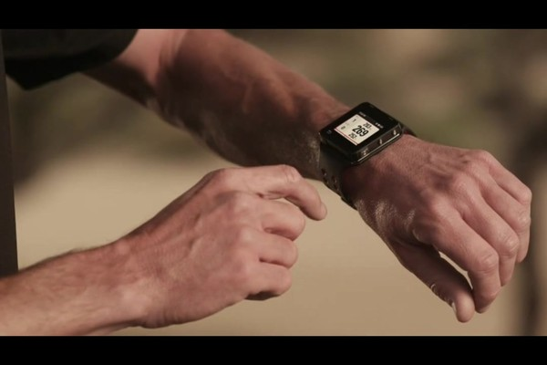 Motorola MOTOACTV 16MB Golf Edition GPS Sports Watch and MP3 Player Bundle - image 5 from the video