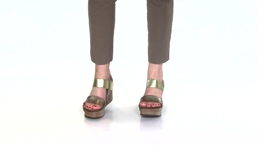 Women's OTBT Bushnell Wedge Sandals Video - image 4 from the video