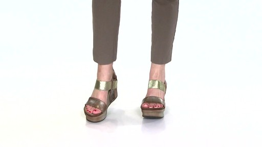 Women's OTBT Bushnell Wedge Sandals Video - image 5 from the video