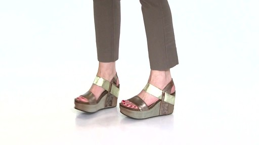 Women's OTBT Bushnell Wedge Sandals Video - image 6 from the video