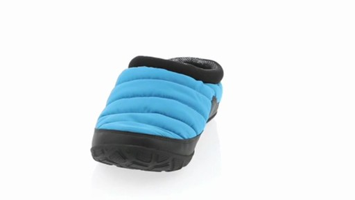 Men's Columbia Packed Out™ Omni-Heat Slippers - image 1 from the video