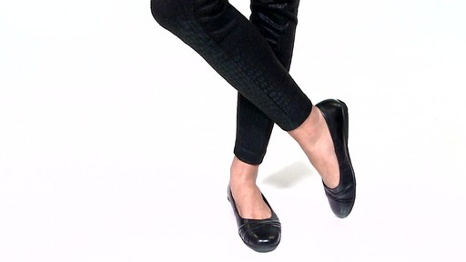 Women's Walking Cradles Flick Ballet Flats Video - image 6 from the video