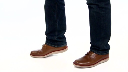 Men's Rockport Eastern Parkway Plain Toe Low Oxfords Video - image 3 from the video