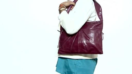 Hobo Betty Shoulder Bag 38